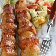Szaszłyki z młodych ziemniaków i kurczaka