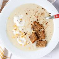 Prosta zupa krem z białych szparagów
