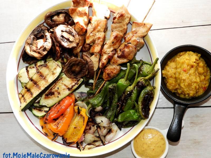 Grillowane warzywa - szaszłyki drobiowe