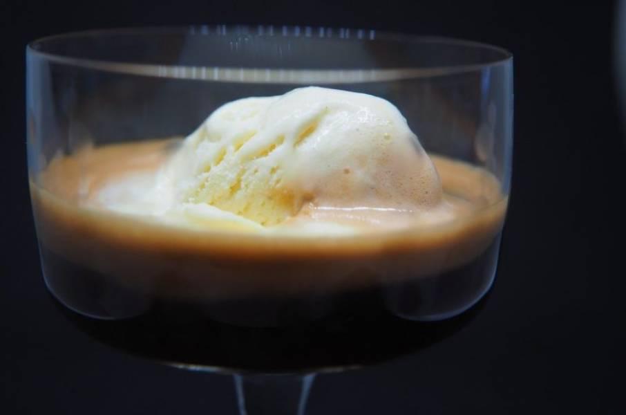 Affogato – między kawą a deserem