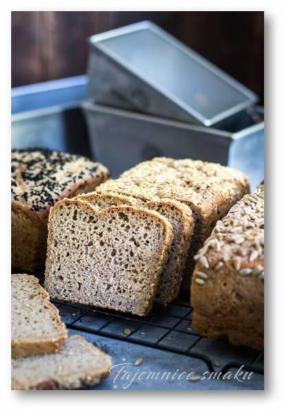 Chleb żytnio orkiszowy na zakwasie. Domowy chleb z foremki