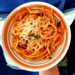 Szybkie bucatini w pomidorach