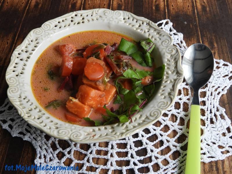 Zupa z botwinką i batatami
