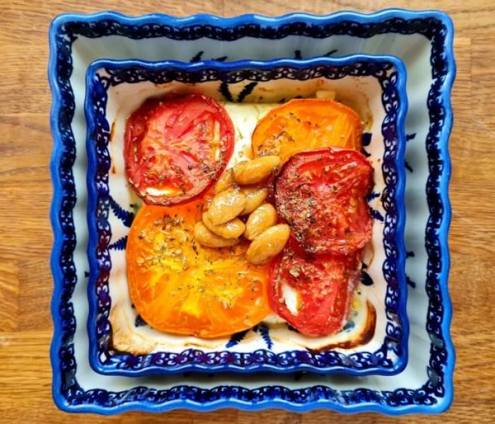 Feta pieczona z pomidorami