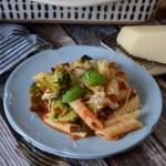 Zapiekanka makaronowa z pieczonymi warzywami