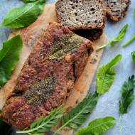Chleb z listkami chrzanu
