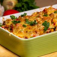 Zapiekanka makaronowa z mięsem mielonym i warzywami