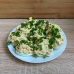 Jajka faszerowane tuńczykiem i cebulką