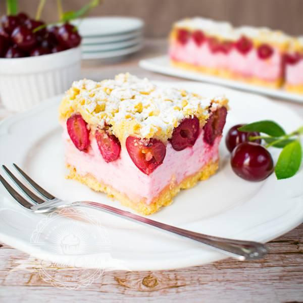Kruche ciasto z pianką wiśniową