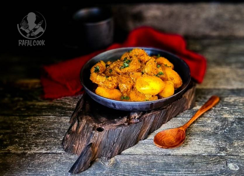Ziemniaczane Curry Aloo Gosht Shorba