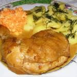udka kurczaka duszone w cebuli...