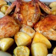 Kurczak pieczony w piekarniku z warzywami