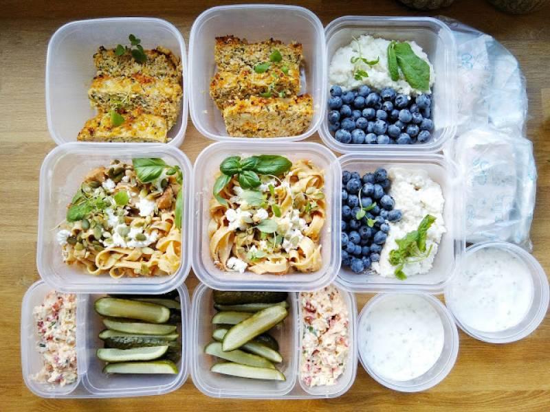 Jedzenie w pudełkach - pomysły, inspiracje, przepisy / Lunchboxy do pracy / Jedzenie do pracy / Szybkie lunchboxy na każdy dzień