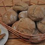 Bułeczki śniadaniowe z mąki orkiszowej