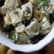 Ziemniaczana sałatka z oliwkami i kaparami
