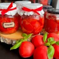 Najprostszy przepis na pomidory w słoikach