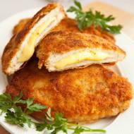 Kotlety szwajcarskie z serem i szynką. Klasyka, którą uwielbiamy. Przepis na cordon bleu