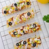 Szaszłyki makaronowe a'la pizza