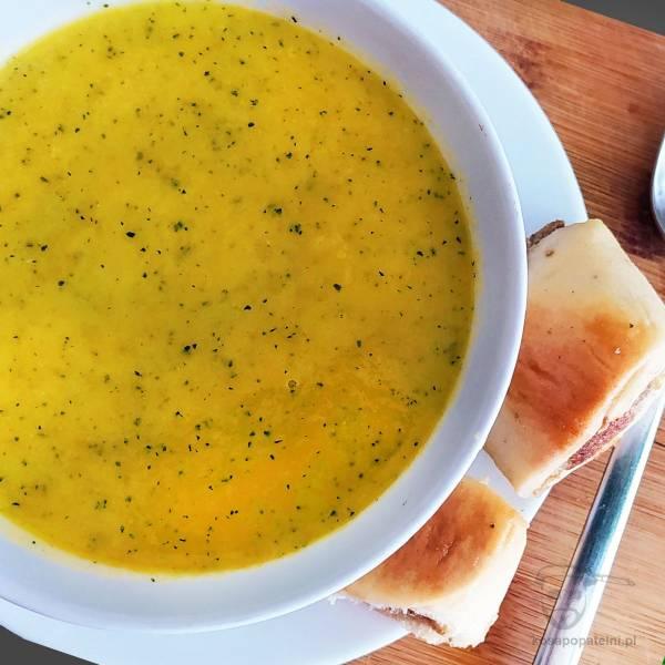 Zupa krem z cukinii – zdrowa, lekka i dietetyczna