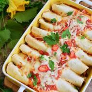 Enchilada z ryżem, kurczakiem i warzywami