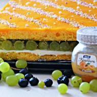 ,,Ciasto marchewkowe z winogronem i borówką''
