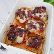 Kurczak zapiekany z mozzarellą i pieczarkami