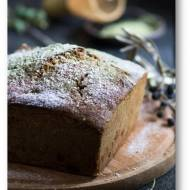 Ciasto z herbatą matcha, białą czekoladą i oliwą