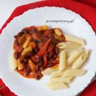 Passata z warzywami i makaronem