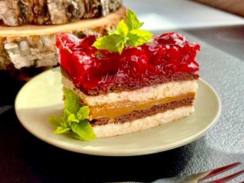 Wiśniowa Balladyna – ciasto bez pieczenia!