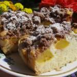 ciasto ucierane z nektarynkami i kruszonką kakaową...