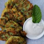 Turcja - Mücver, czyli ziołowe placuszki z cukinii