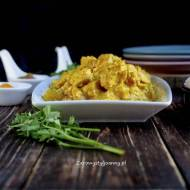 Kurczak korma – kuchnia indyjska.