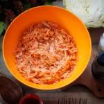 Sałatka coleslaw z ajvarem