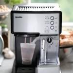 Ekspres do kawy kolbowy Breville Prima Latte VCF045X – recenzja