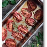 Pyszne pomidory, wolno pieczone w niskiej temperaturze według Jarzynovej