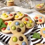 Kolorowe ciasteczka kruche.