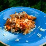Penne w sosie pomidorowym z cukinią i bakłażanem