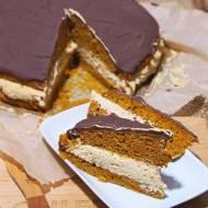 Ciasto marchewkowe ze słonym karmelem i polewą czekoladową