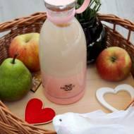 Jesienny koktajl jabłko z cynamonem