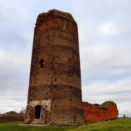 Ruiny zamku królewskiego w Bolesławcu woj. łódzkie