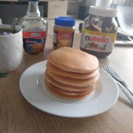 Pancakes – delikatne i puszyste amerykańskie naleśniki