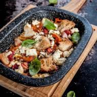 Pieczone pomidory z fetą w ziołach