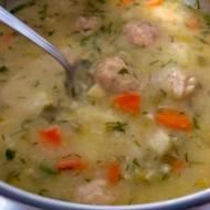 Zupa klopsowa zakwaszana