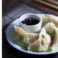 Mandu – koreańskie pierogi z mięsem i kapustą pekińską